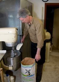 Harm-Wulf baking breads. Every morning freshly baked organic bread rolls (Photo: Lars Horn)